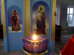 Благодатный огонь в Благовещенской церкви сарапульского женского монастыря