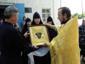 Чудвоторная березовская икона Святителя Николая в Благовещенском храме Сарапул 270716  (4)